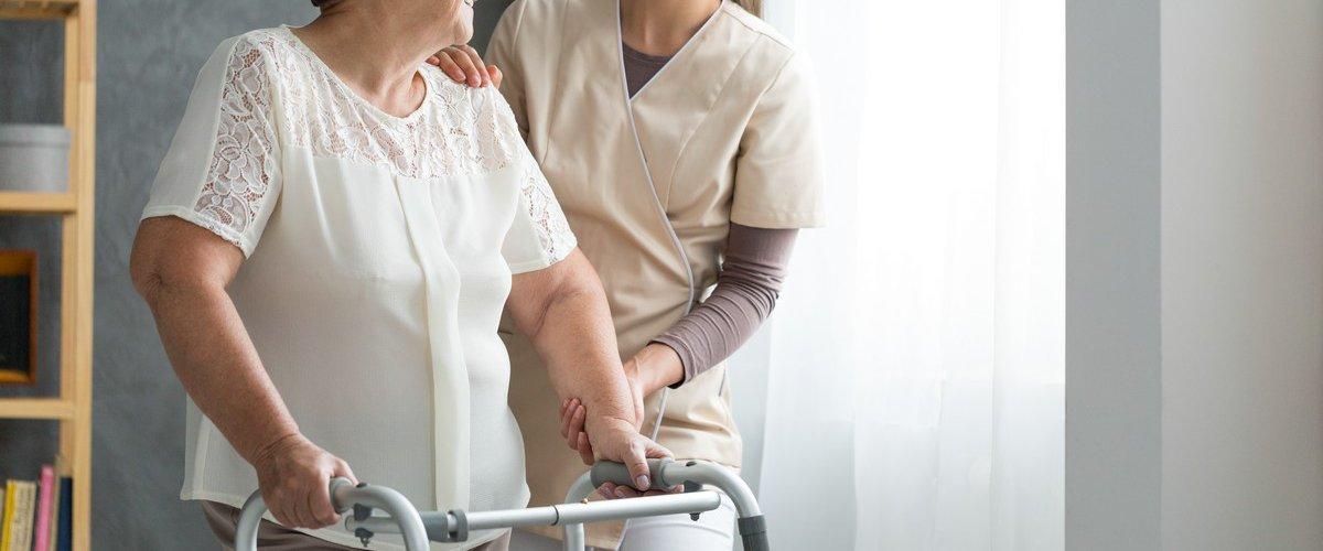 Suppression du concours d'aide-soignant